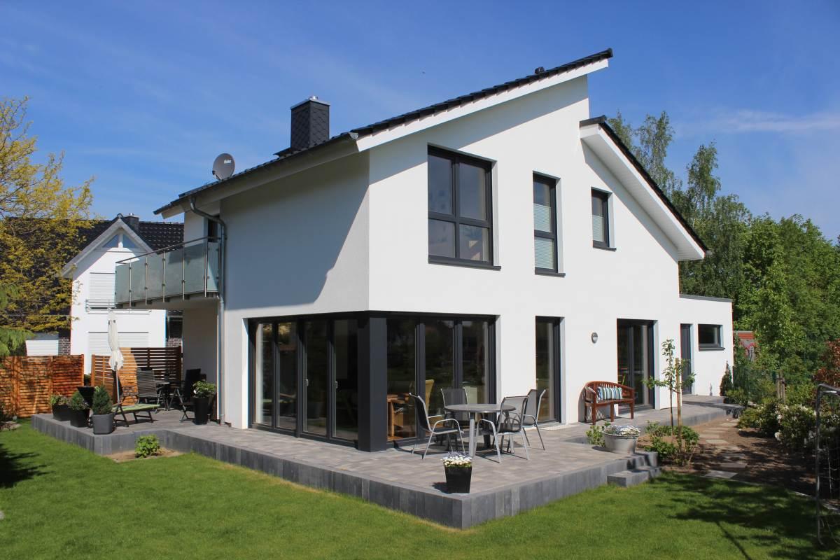 pultdachhaus mit 180 qm wohnfl che im lk osnabr ck fertig gestellt. Black Bedroom Furniture Sets. Home Design Ideas