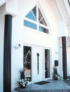 FREIFLÄCHE - das KALOBAU Satteldachhaus im Friesenhausstil und über 180 m² Grundriss - dieses Friesenhaus schlüsselfertig bauen im Raum Osnabrück, Cloppenburg, Oldenburg mit dem BAuunternehmen KALOBAU aus Löningen