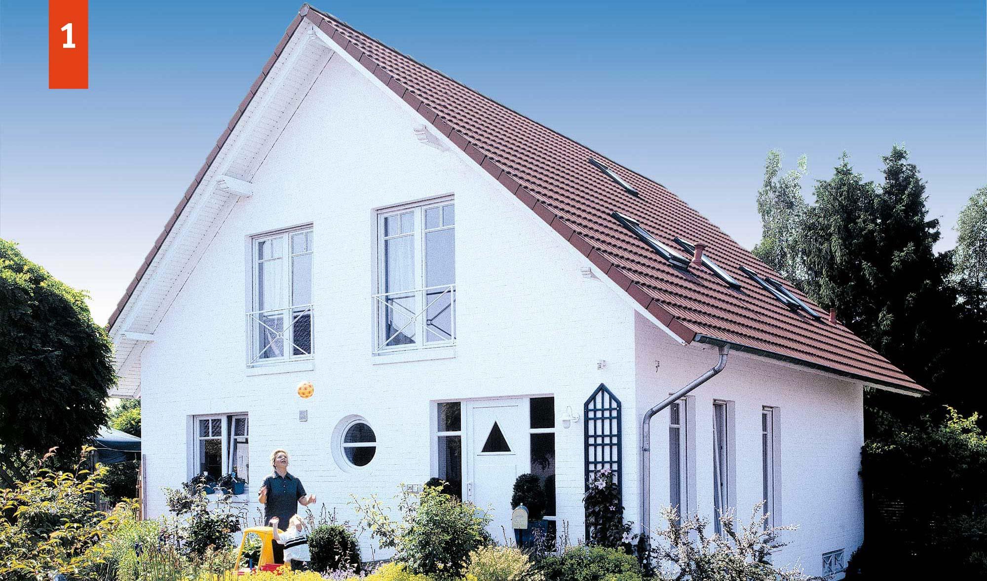 Satteldachhaus mit 150 m² Wohnfläche - massiv gebaut vom Bauunternehmen KALOBAU aus Löningen in den Regionen Osnabrück, Cloppenburg, Emsland, Meppen, Oldenburg, Ammerland.