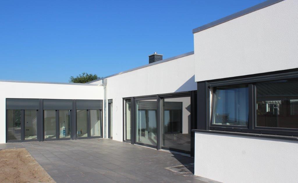 Architektenhaus flachdach im landkreis cloppenburg kalobau for Architektenhaus flachdach