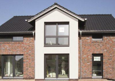 ein Satteldachhaus mit 150 qm im Landkreis Osnabrück mit hohem Drempel als Architektenhaus