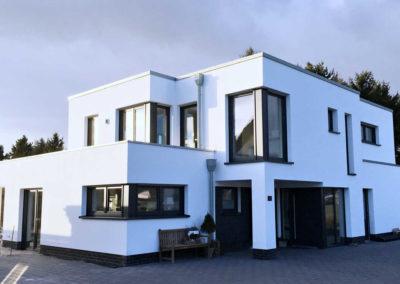 Architektenhaus mit 2 Wohneinheiten