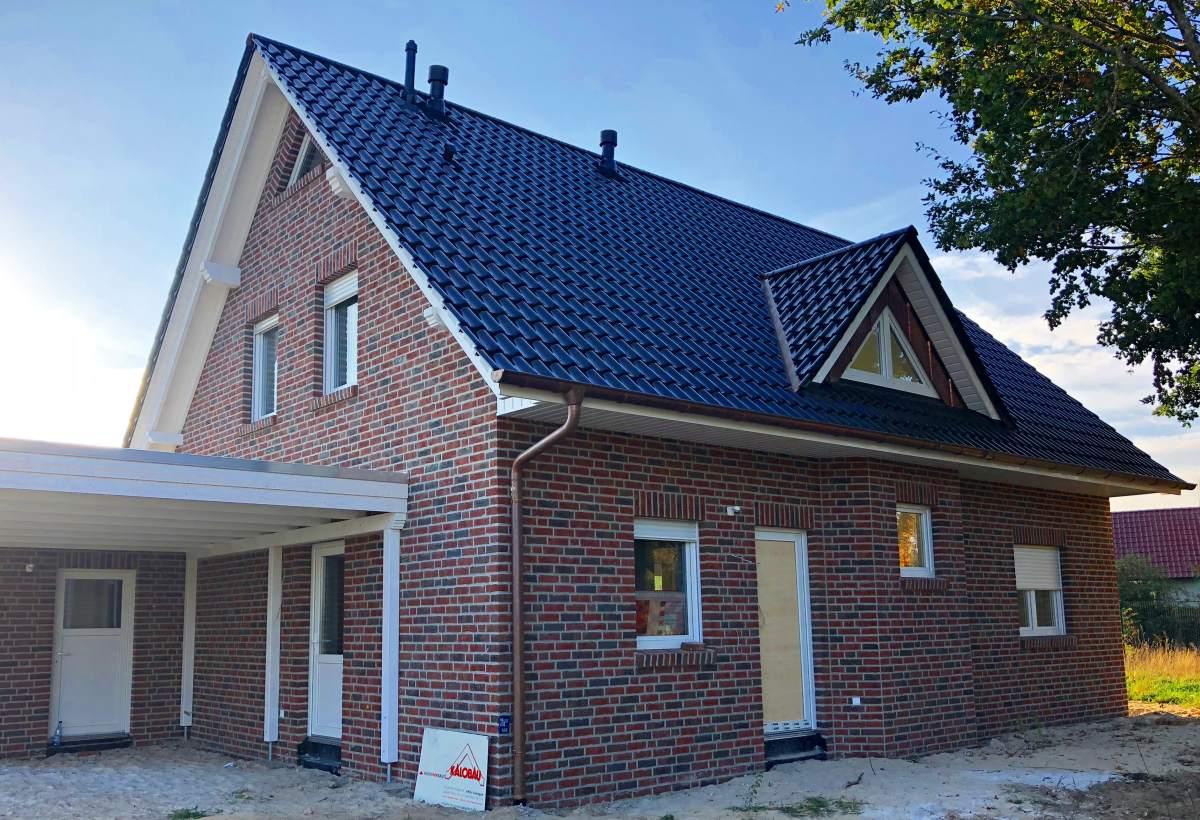Hausbesichtigung eines Satteldachhauses am 04. November 2018 in Werlte OT Wehm